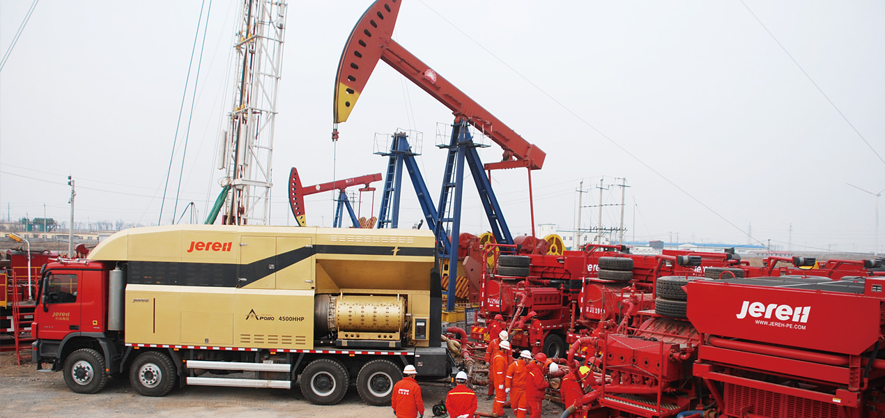 Jereh 4500 Turbine-driven Frac Pumper in Dagang Oilfield,China